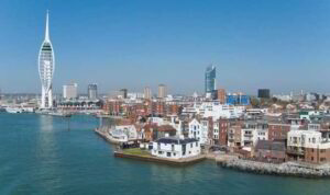 portsmouth gunwhalf quays navy